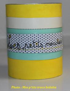 Un pot à mouchoir, pour ranger les p'tits mouchoirs lavables ^_^